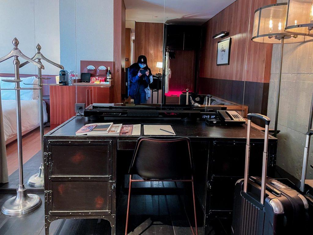 賦樂旅居-超大的復古書桌